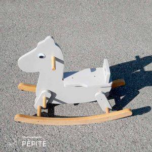 jouet-vintage-bois-durable-cheval-a-bascule