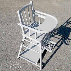 meuble-vintage-bois-durable-chaise-haute