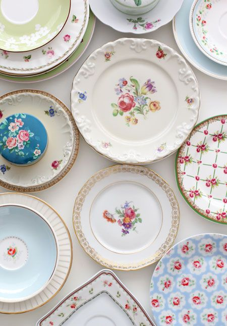 vaisselle vintage annecy retro mariage fleurie