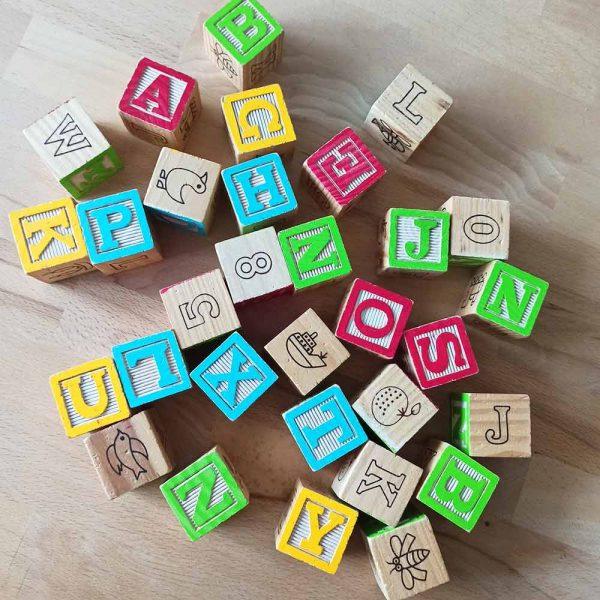 cube en bois vintage naissance