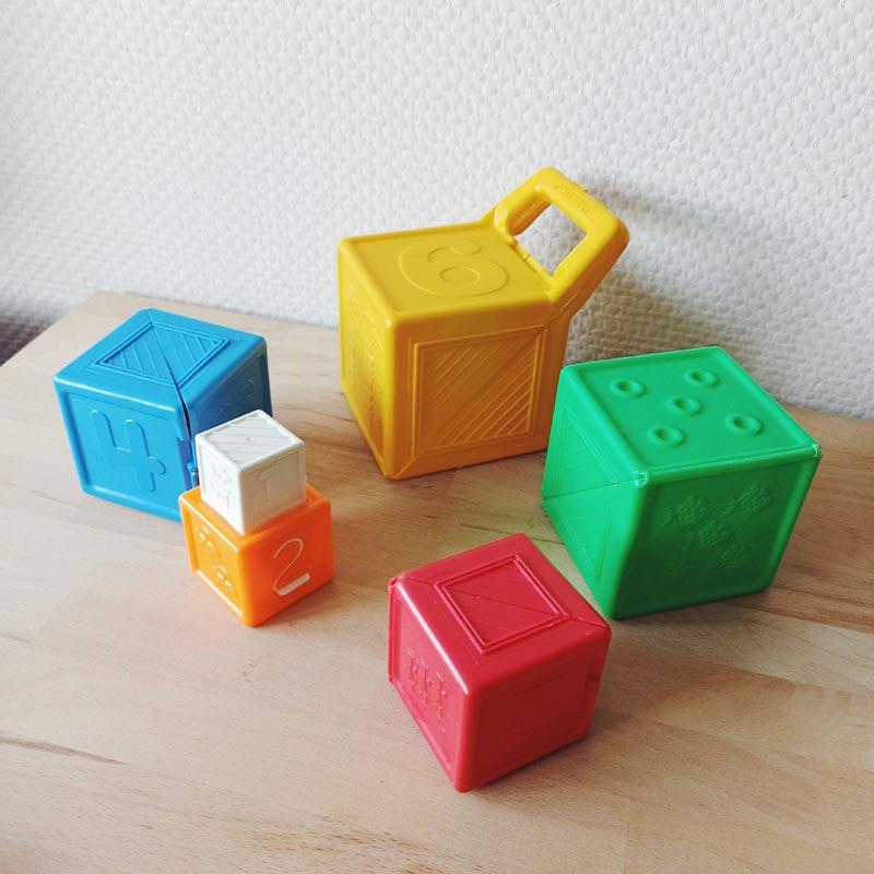 6 cubes gigignes fisher price vintage